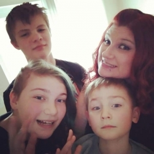 Kailei Johnson with her three kids, Seth, Hannah, and Caleb.