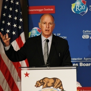 jerry brown at podium
