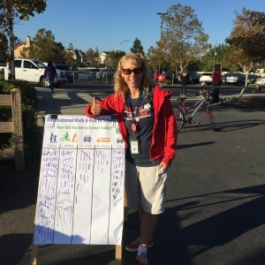 Altamont Creek Principal gives a thumbs up to Walk and Roll to School Day